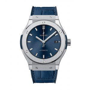 HUBLOT Часы CLASSIC FUSION BLUE TITANIUM 38 mm
