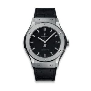HUBLOT Часы CLASSIC FUSION BLACK TITANIUM 45mm